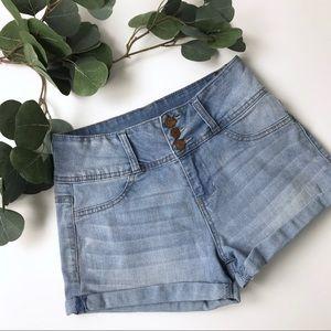High Rise Jean shorts Juniors size 3 Vanilla star